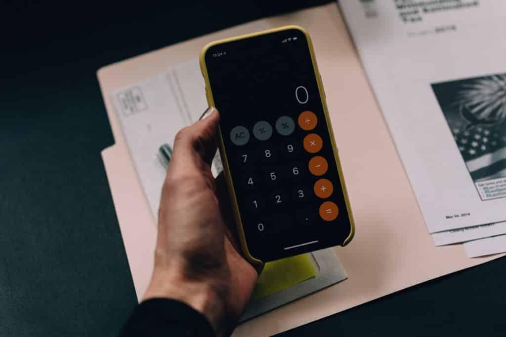 A calculator app on the phone.